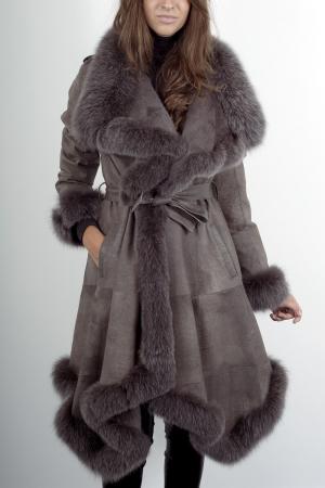 le fourrureclub afficher le sujet cherche manteau doubl de fourrure. Black Bedroom Furniture Sets. Home Design Ideas